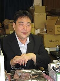董事長 中村光