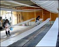 A scene of Yu-zen dyeing